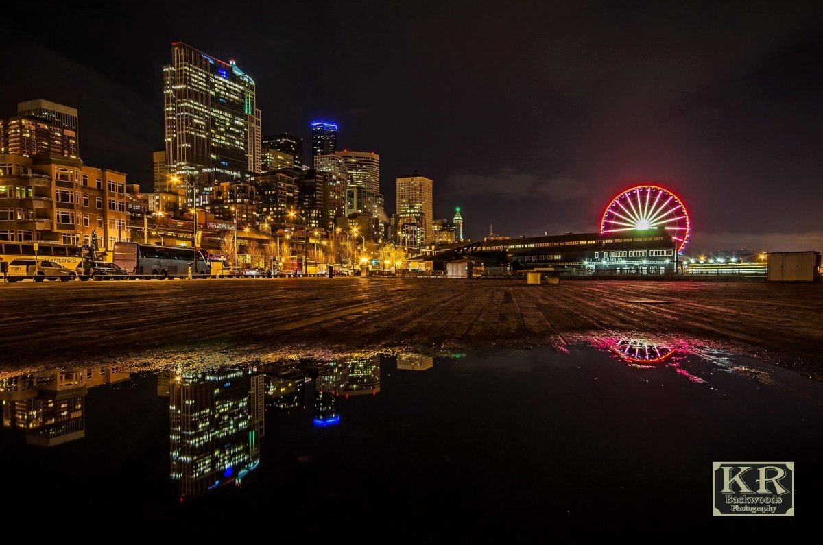 Seattle night with the Wheel
